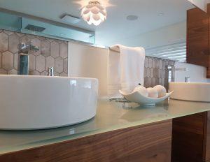 Projet de design intérieur d'une salle de bain effectué par Nathalie Rioux designer intérieur au Saguenay-Lac-st-Jean